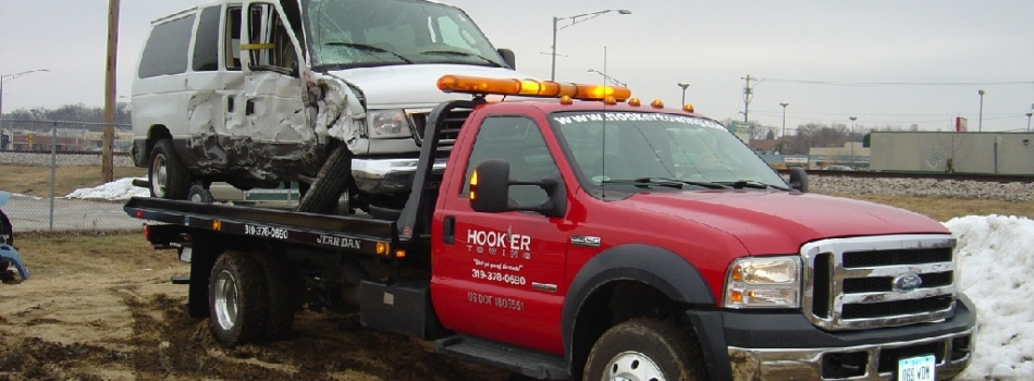 "<a href=""https://hookertowing.com/accidents/""><b>Accidents? Junkers? Yep, we do that!</b></a><p>No matter the make, model or size, we can tow it all!</p>"
